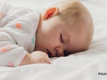 Cómo consigo que mi hijo duerma toda la noche