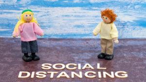 ¿Cómo afectará a niños y jóvenes el distanciamiento social?