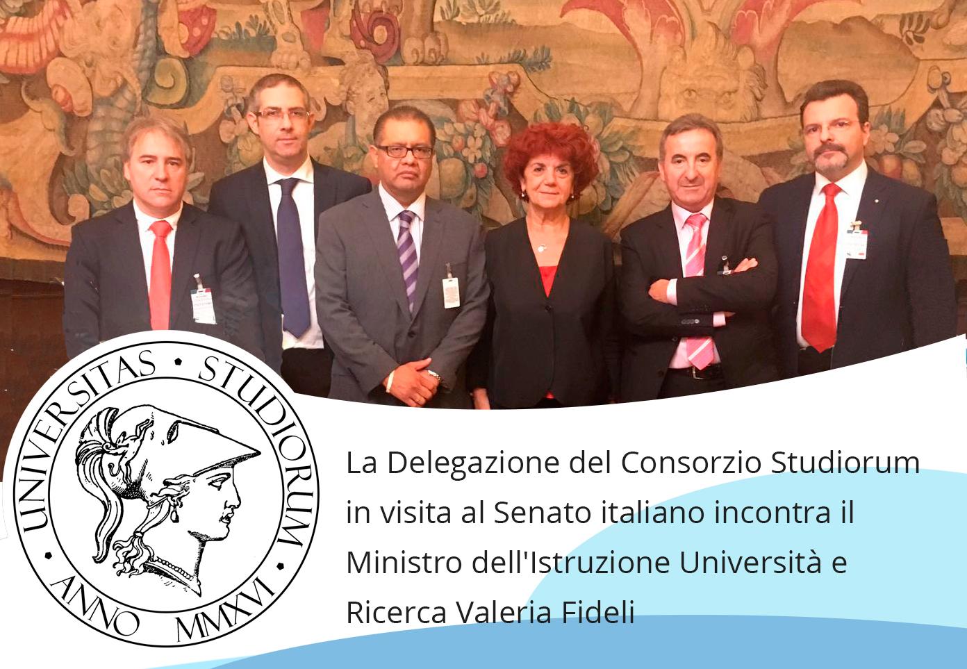 Abajo, la delegación oficial del Consorcio con la Ministra de Educación Valeria Fideli.